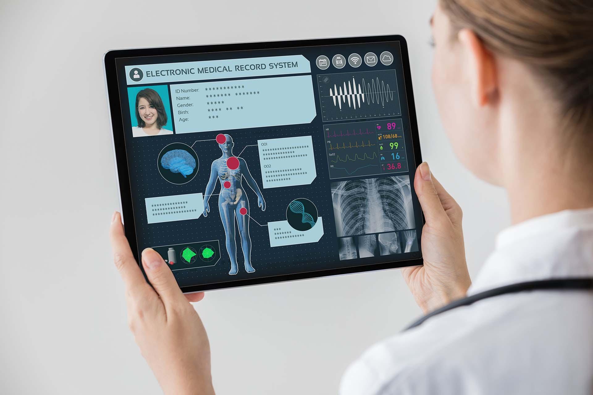 PHR(Personal Health Record)とは今後の展開についても解説